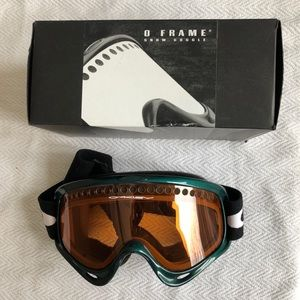 Oakley O Frame Snow Goggle - Green Frame/Persimmon